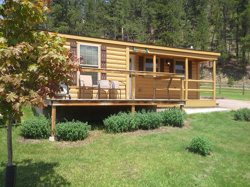 American Pines CabinsTimberline Cabin #6 - Keystone SD