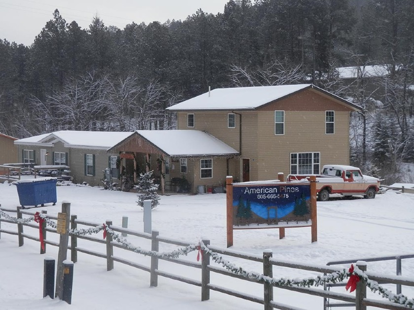 American Pines Cabins Check-in Office - Keystone SD