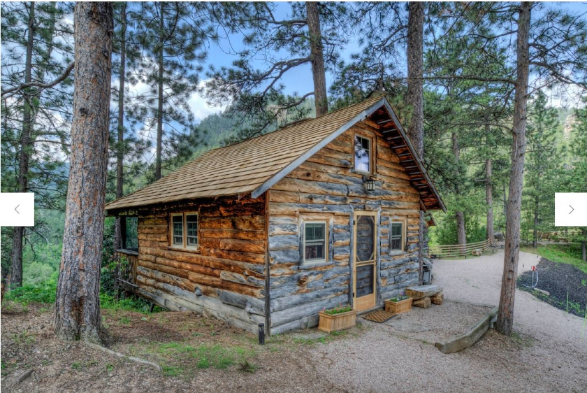 Spruce Cabin - Rim Rock Lodge - Spearfish Canyon SD