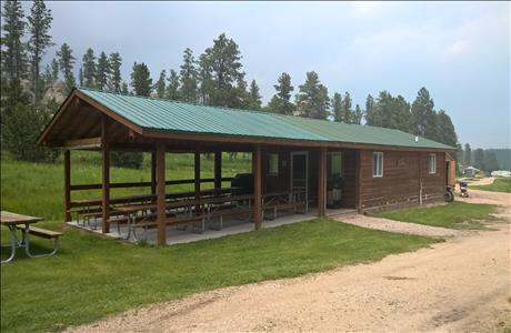 Custers Gulch RV Park and Campground Cabin - Custer SD