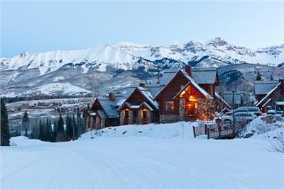 Ski-in/Ski-out Smuggler Cabin at Mountain Lodge