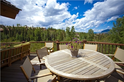Great Deck for Entertaining - Ski Area Views