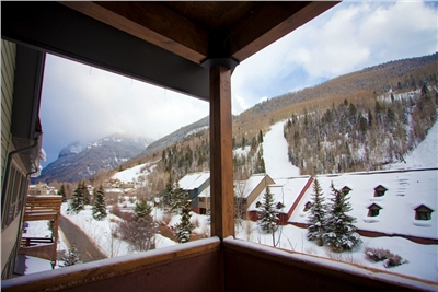 Lulu City 3E - 2 Bedrooms - 2 Bathrooms - Sleeps 5 - Great Views of Ski Area