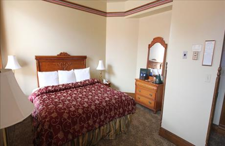 Bullock Hotel King Room - Deadwood SD