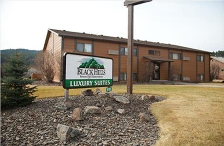 Black Hills Luxury Suites - Hill City SD