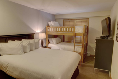 Second bedroom with queen bed, twin/twin bunk set & cable TV