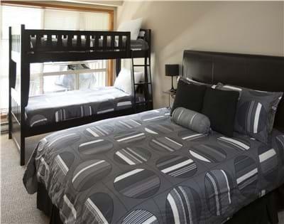 Second Bedroom with Queen, Bunks & TV