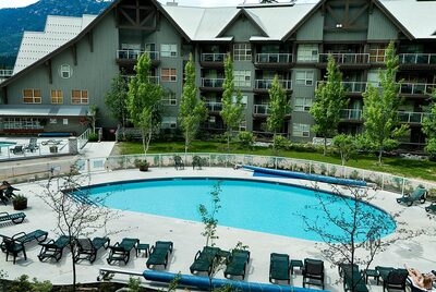 Aspens Pool Summer - heated and open year round