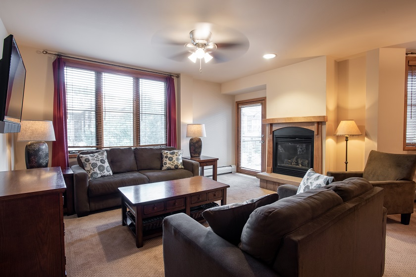 3 Bedroom Silver Living Room