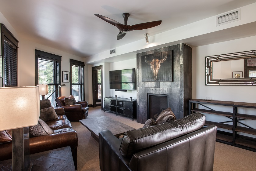 Living Room (107)