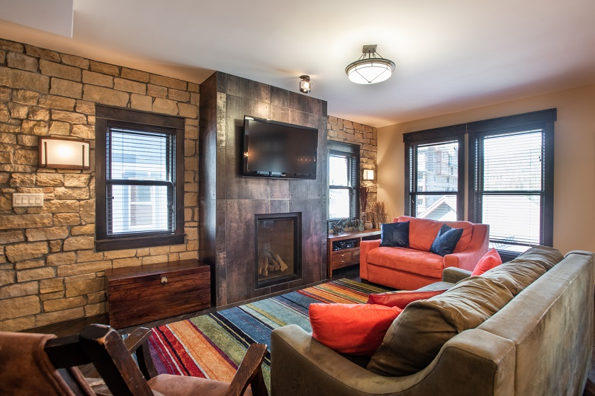 Living Room (106)