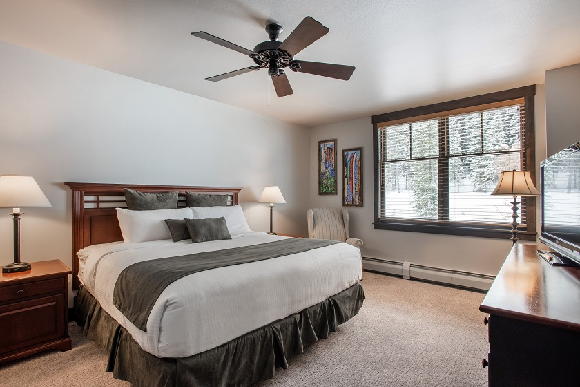 Platinum Master Bedroom with King Bed