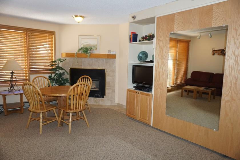 Sample Living Room (Sleeper Sofa, Queen Murphy Bed, Gas Fireplace)