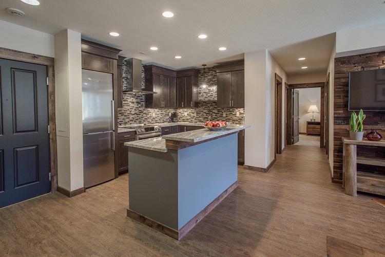 Platinum Kitchen (2407)