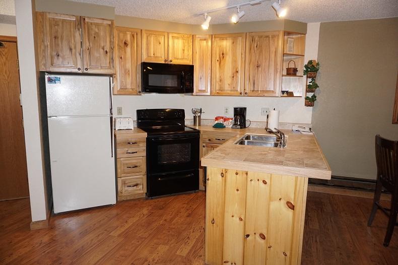 Entry & Full Kitchen