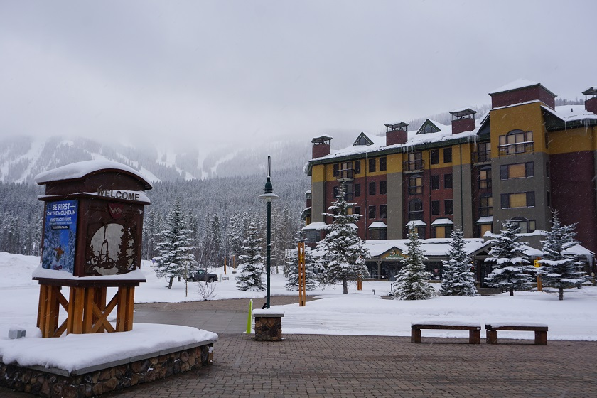 The Vintage Hotel Exterior Winter