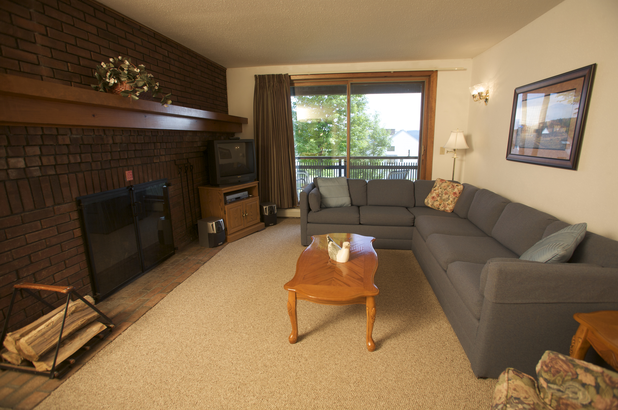 Sunrise Living Room (Sample - Varies by Unit)