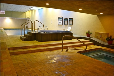 Spa Pool and Jacuzzies