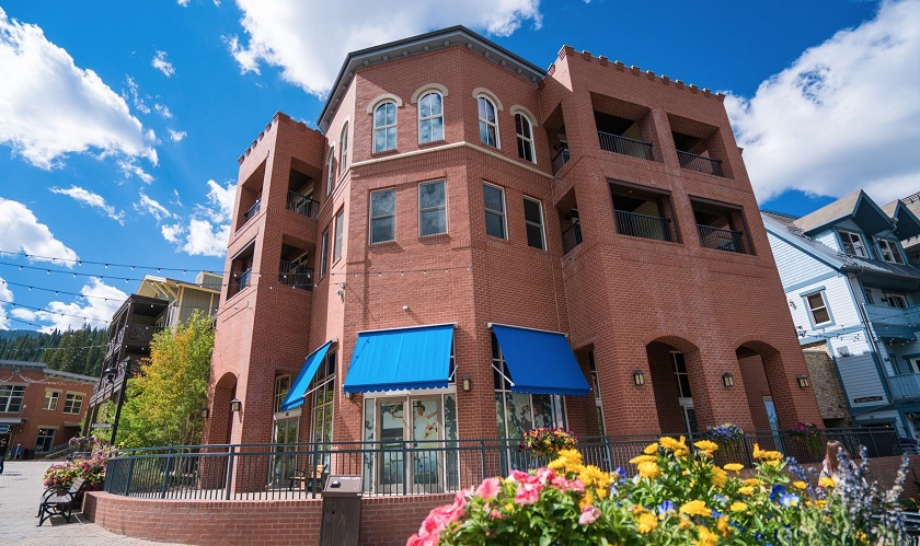 Parry Peak Lofts Summer Exterior (Located in Winter Park Resort Village)