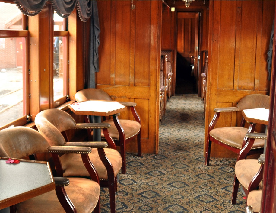 Pullman (Table and Chair type Seating in the Cinco)