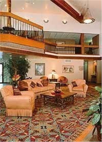 Holiday Inn Express - Lobby