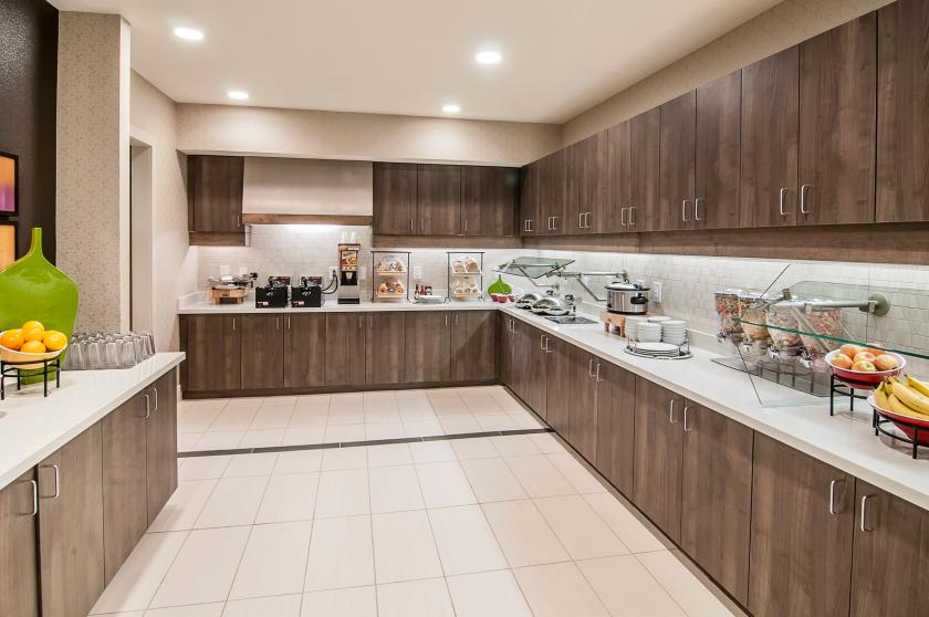 Residence Inn - Hot Buffet - Breakfast - Rapid City SD