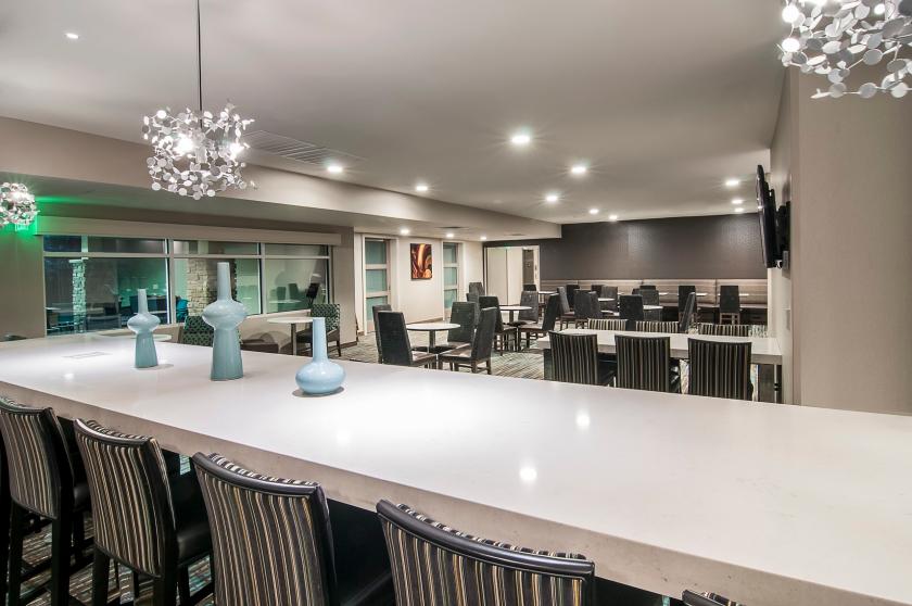 Residence Inn - Communal Table - Rapid City SD