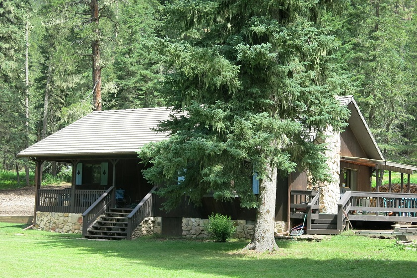 Lynass Cabin - Spearfish Canyon SD