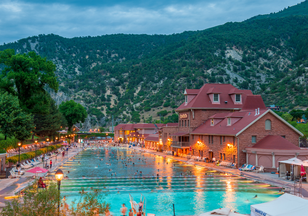 World's largest hot springs pool