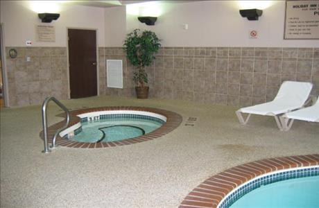Holiday Inn Express Hot Tub - Deadwood SD