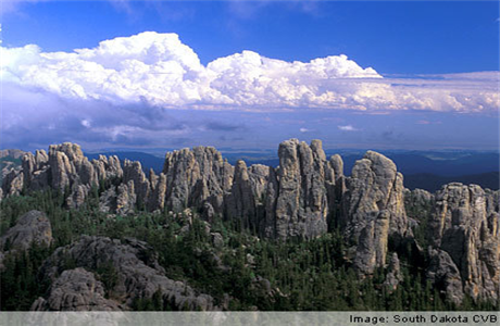 Mount Rushmore Tours / Stagecoach West  Needles Highway