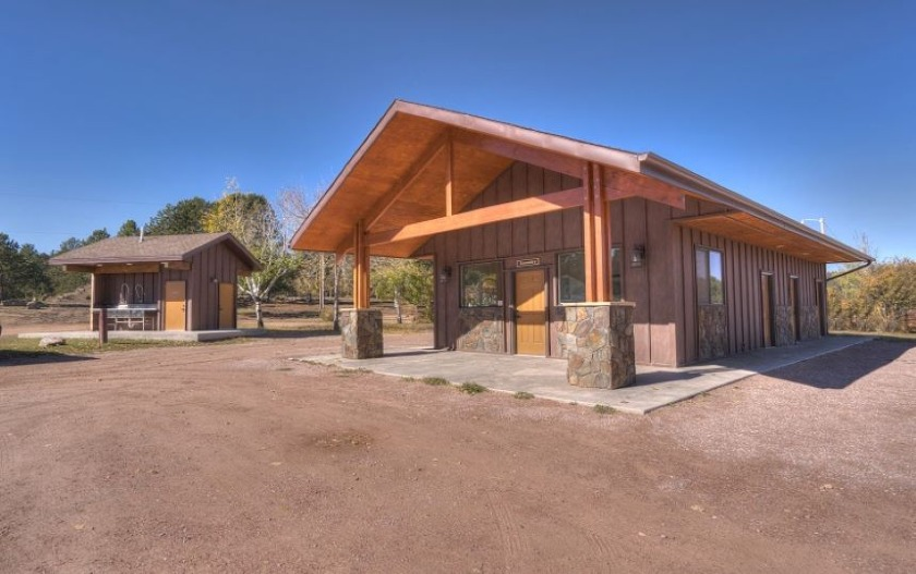 Buffalo Ridge Camp Resort Bathhouse - Custer SD