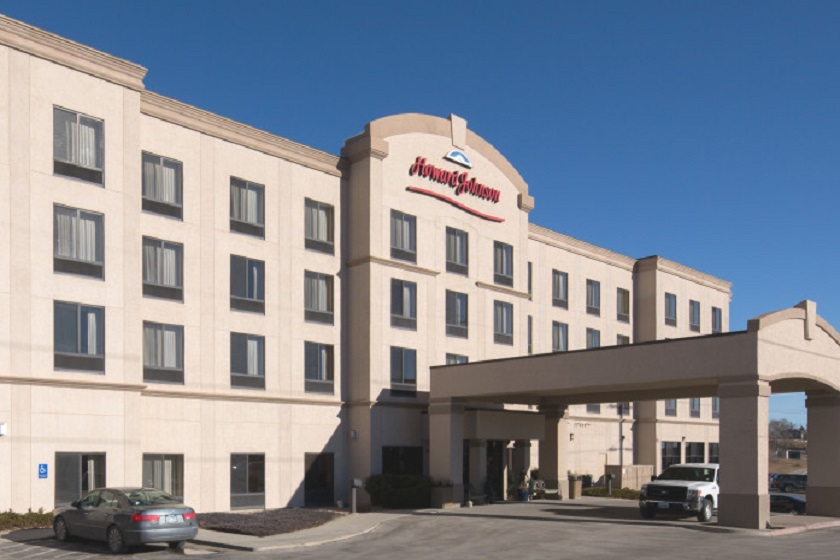 Howard Johnson Inn and Suites Rapid City