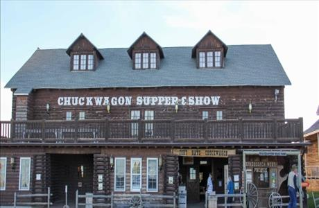 Fort Hays Chuckwagon Supper and Show - Rapid City SD