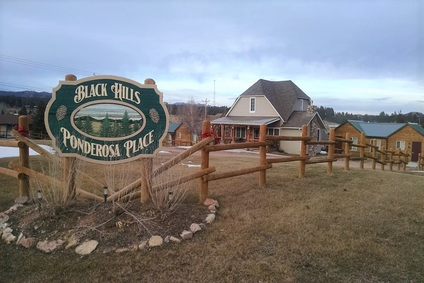 Black Hills Ponderosa Place - Custer SD