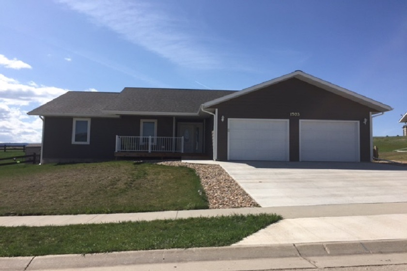 Sandstone Hills Home - Spearfish SD