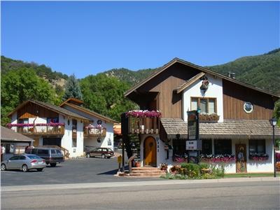 Starlight Lodge