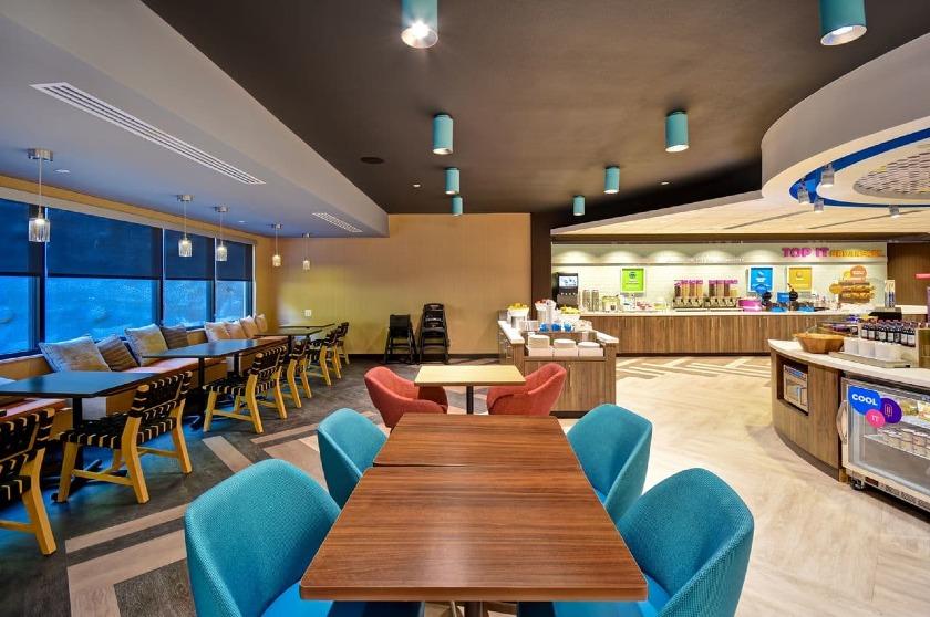 Breakfast Dining Area |Tru by Hilton at Cadillac Jacks, Deadwood, SD