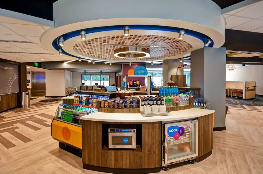 Eat and Sip |Tru by Hilton at Cadillac Jacks, Deadwood, SD
