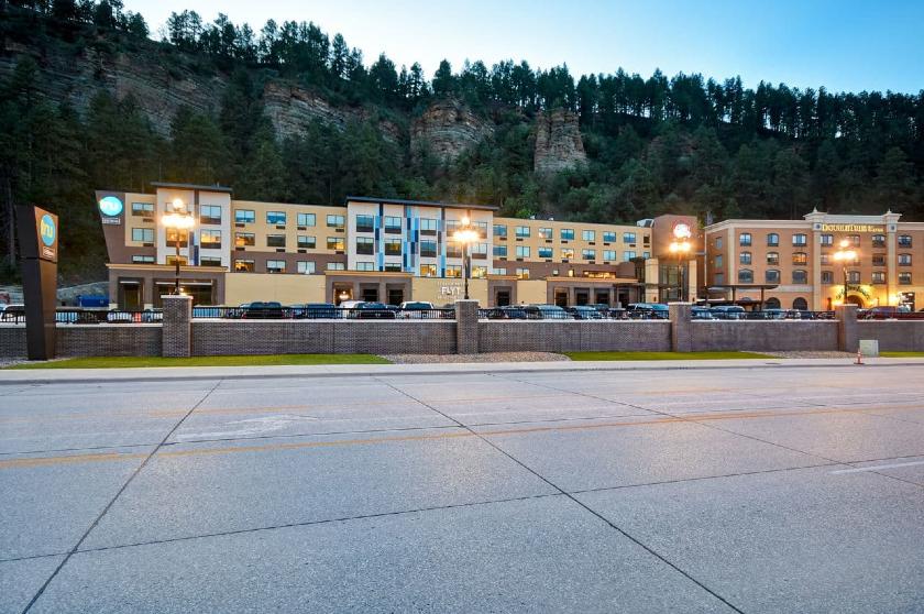 Tru by Hilton at Cadillac Jacks, Deadwood, SD