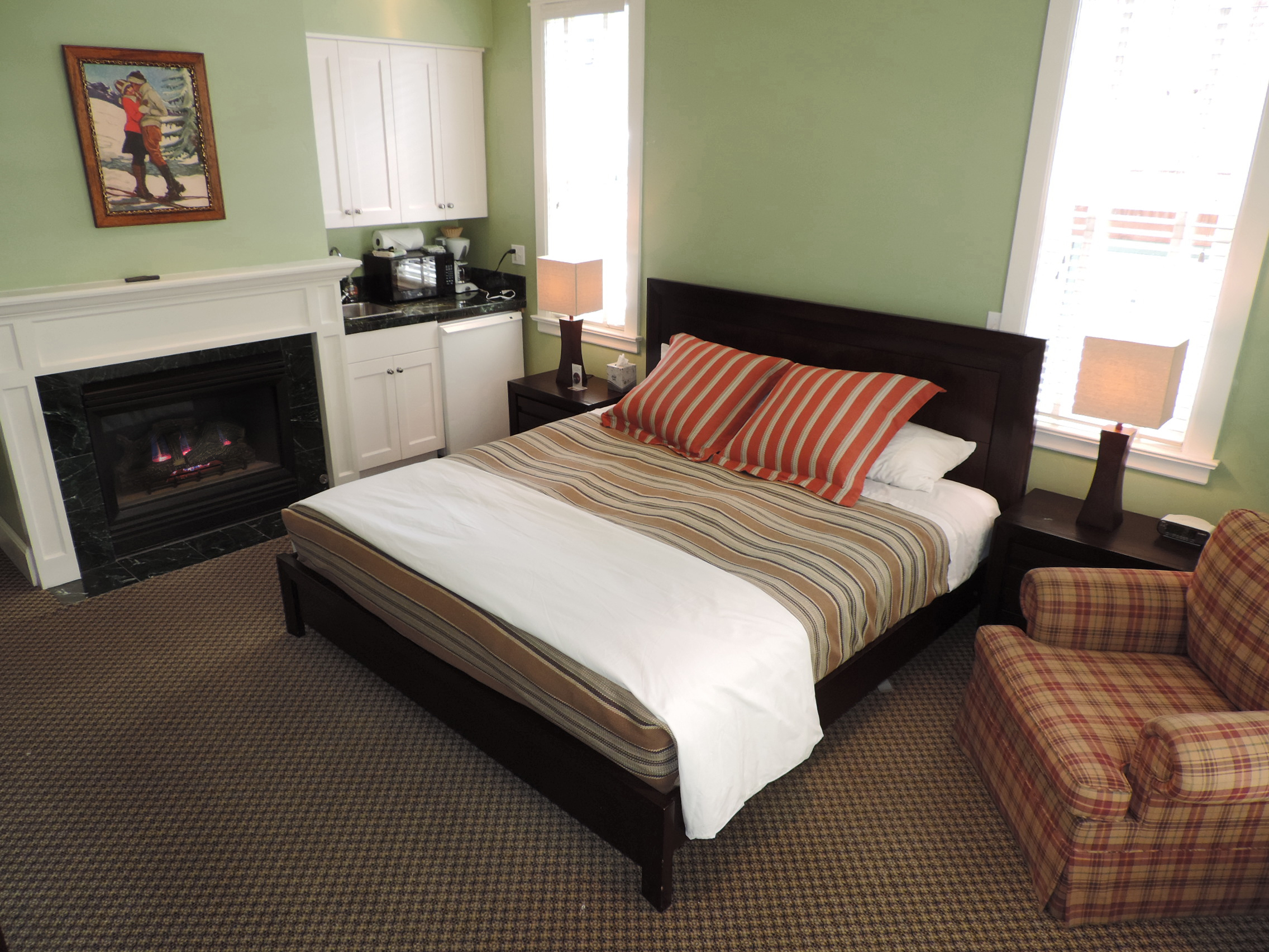 Montana Placer Inn - Room 3 - King Bed with Private Bath